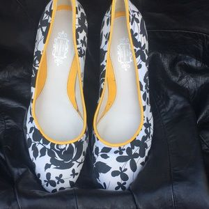 🔥FINAL PRICE🔥Lulu Guinness shoes.